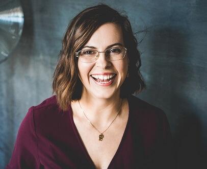 Olga Weiss - Technik-Expertin für dein Online-Business